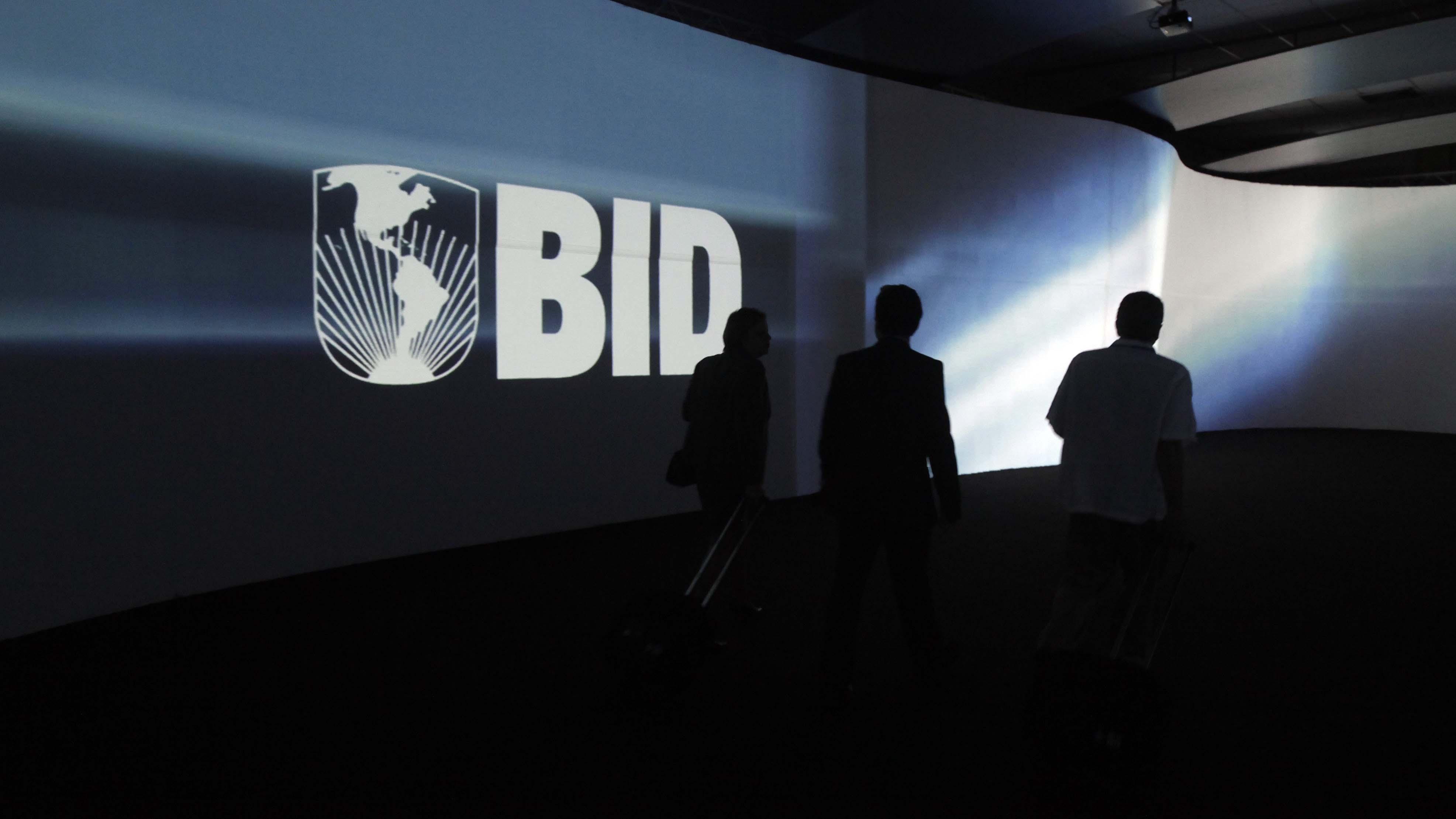 Piden al BID aplazar la elección interna por desacuerdos