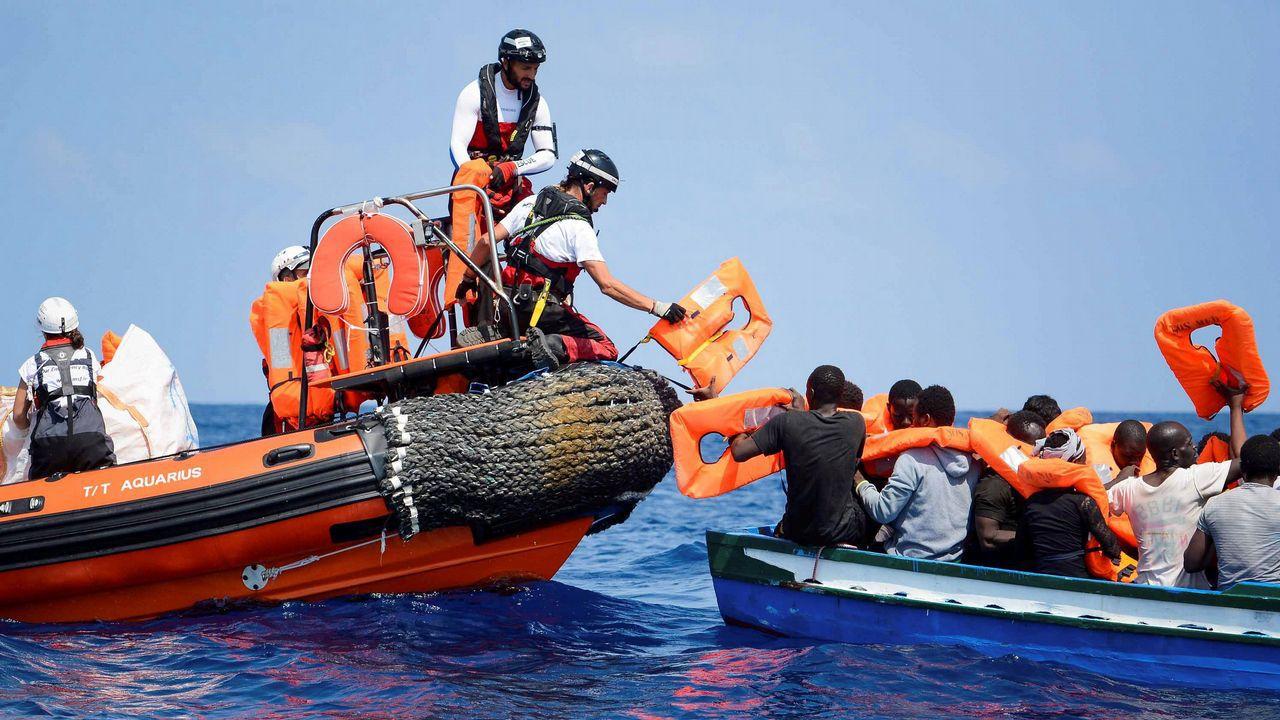 """El """"Alan Kurdi"""", de la ONG de ayuda humanitaria alemana Sea Eye, rescató a las personas frente a la costa libia el pasado 3 de abril"""