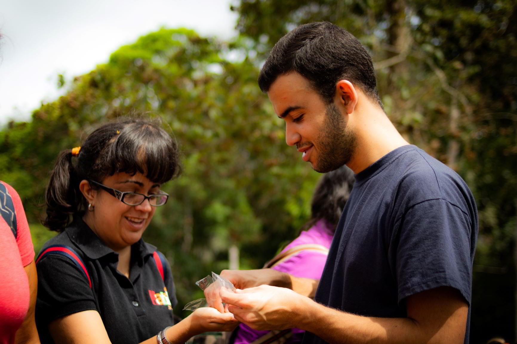 Fundaciones Hatillo Sonríe y Yammine llevaron mensaje ambiental a Turgua