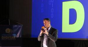 """Rafa Nuñez en """"Cómo Sobrevivir a la Transformación Digital"""""""