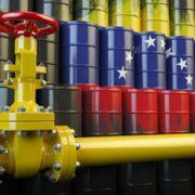 Tareck el Aissami aseguró que a finales de junio las colas por gasolina desaparecerán