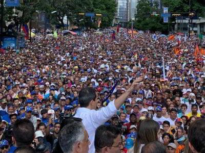 Juan Guaidó reiteró que mantendrán una agenda permanente en la calle