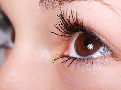 En lugares donde las condiciones son extremas suelen aparecer quemaduras en las estructuras más externas del ojo