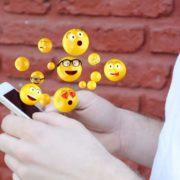 Emojis de 2021 llegarán con retraso por el coronavirus