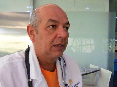 Infectólogo Julio Castro informó que tiene COVID-19