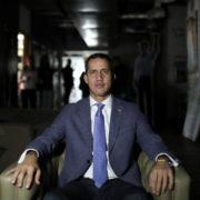 """Guaidó agradece el apoyo internacional frente a la """"farsa"""" electoral"""