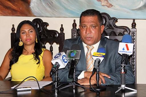 """Alfredo Díaz: """"Los militares son los culpables del brote"""""""