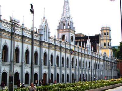 Academia de Ciencias repudió las amenazas de la administración Maduro