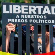 En los detenidos están 376 hombres y 26 mujeres incluidos cuatro menores de edad, de acuerdo con la actualización del ente este 18 de mayo