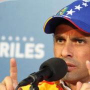 Capriles repudió incremento de la gasolina