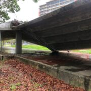 Techo del pasillo de la UCV se desplomó
