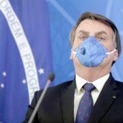 Bolsonaro amenazó con sacar a Brasil de la OMS