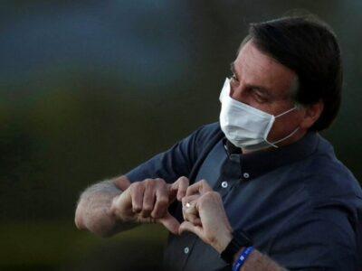 Bolsonaro vuelve a dar positivo por COVID-19 tras 15 días de confinamiento
