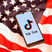 Trump prohibió todo tipo de negocios con Tik Tok