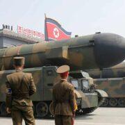 En el mundo hay más de 14.000 bombas atómicas y muchas de ellas son decenas de veces más potentes que las arrojadas en 1945
