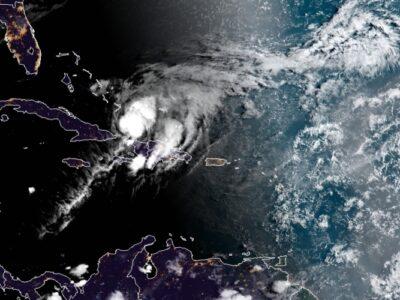 Florida y Bahamas se preparan para la llegada del huracán Isaías