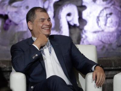 Rafael Correa y Andrés Arauz ganan las primarias del Centro Democrático
