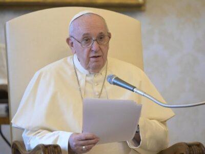 Papa Francisco pide acabar con el egoísmo en el mundo