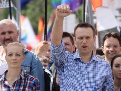 Navalni salió del coma inducido en el que se encontraba tras ser ingresado en un hospital de Berlín el 22 de agosto
