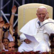 Reliquia con sangre de Juan Pablo II fue robada en Italia