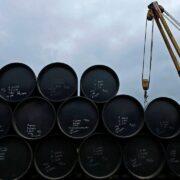 El barco comenzó el sábado, presuntamente, a descargar cerca de dos millones de barriles en Puerto José