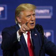 """Trump advirtió que EE.UU. podría convertirse pronto en """"una Venezuela"""""""