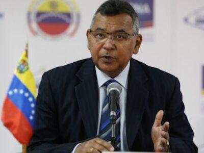 """El ministro de Interior, Néstor Reverol, informó que es """"la segunda narcoaeronave"""" presuntamente hallada en suelo venezolano en menos de 15 días"""