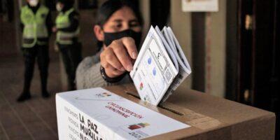 Observadores internacionales llaman a respetar próximos resultados electorales en Bolivia