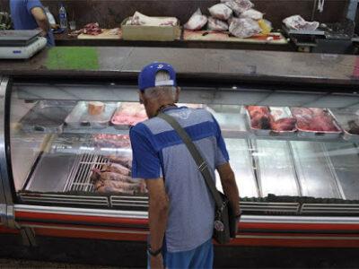 Venezolanos disminuyeron el consumo de carne anual