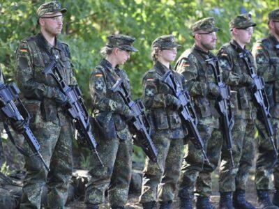 La legislación buscar enmendar los errores del pasado dentro de las Fuerzas Armadas del país