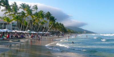 La decisión tiene el fin de incentivar el turismo y es un apoyo a los usuarios que van a permanecer en la isla hasta fin de año