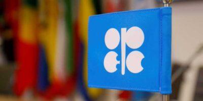 OPEP y Rusia estudian extender el recorte vigente de su oferta
