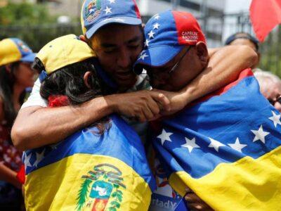 Costa Rica otorgará la permanencia legal a los venezolanos