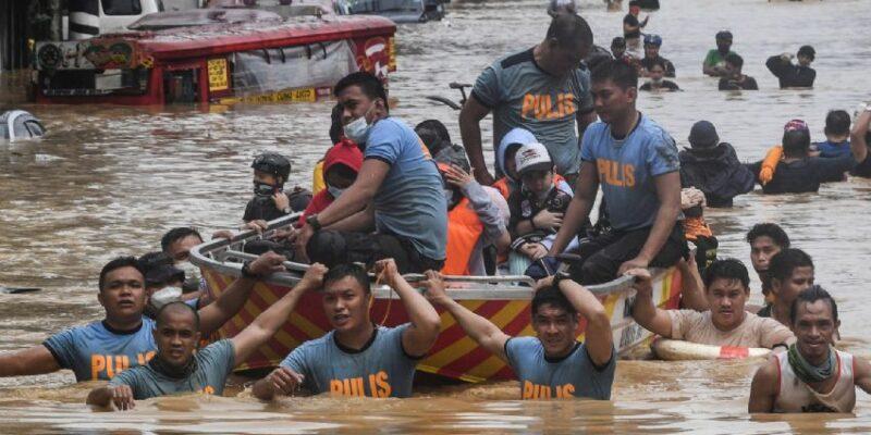 El tifón todavía no toca suelo y ya ocasionó deslizamientos de tierra y daños en 50 viviendas del país