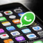 ¿Cómo crear tu propio contestador automático para WhatsApp?