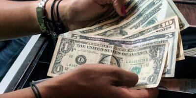 Asdrúbal Oliveros: Inflación podría ubicarse en 70% en diciembre