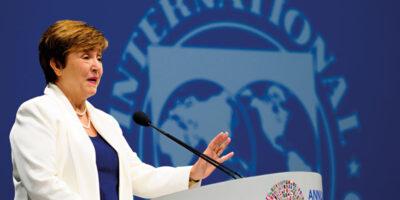 FMI ve incertidumbre en el panorama mundial durante el 2021