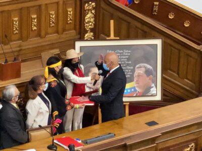 Este martes termina oficialmente el turno de la Asamblea electa en el 2015, que fue presidida por Juan Guaidó