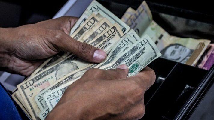 Venezuela acumuló una inflación de 3,713% en el 2020