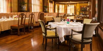 Restaurantes fomentan las reservaciones digitales como medida preventiva