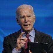Biden descartó por el momento levantar las sanciones contra Irán