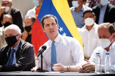 Panamá dejó de reconocer a la embajadora de Guaidó y oficialismo se muestra dispuesto a detenerlo