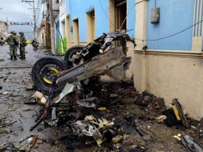 DOBLE LLAVE - Explosión de auto bomba en Colombia dejó al menos 19 heridos