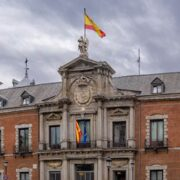España convocó a representante de Venezuela en Madrid