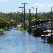 Lluvias y caída de ceniza dejan seis fallecidos y afectados en Ecuador