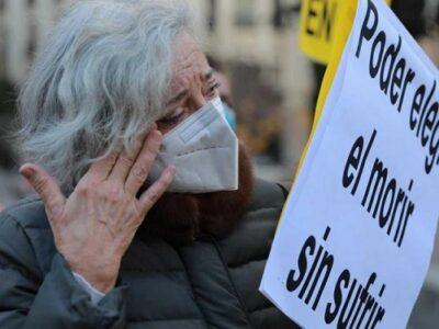 Parlamento español aprueba la ley de eutanasia