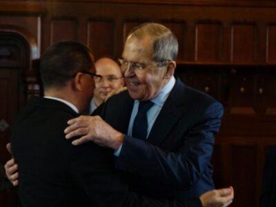 Rusia expresa solidaridad con el gobierno de Maduro ante amenazas de injerencia