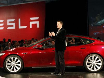 Tesla anunció que sus clientes podrán pagar con bitcoins
