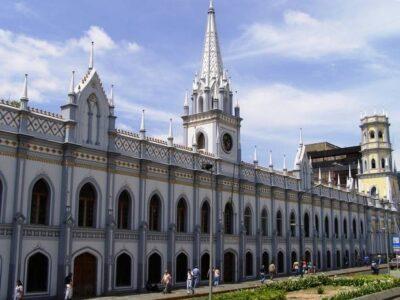 Academia de Medicina advierte sobre los riesgos de los tratamientos cubanos contra el Covid-19