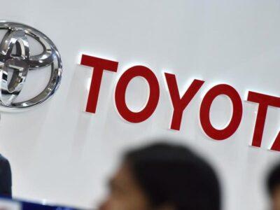Toyota compró la división de automóviles Lyft